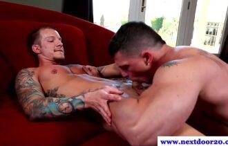 megaporn  fortão fazendo um boms exo gay com vizinho