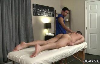Redtube gay novinho fodendo com seu massagista